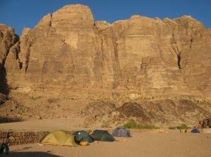 Zeltlager mit Jebel Rum